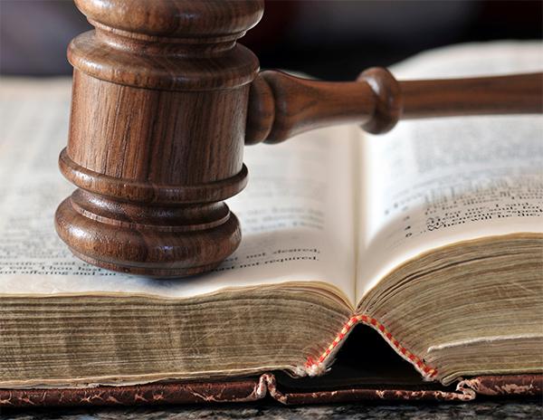 milwaukee-personal-injury-lawyer-explains-trial.jpg