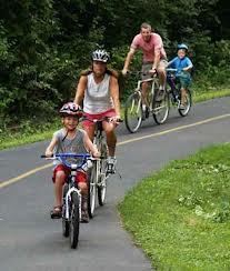 personal-injury-lawyer-safety-advice-family_on_bike.jpg
