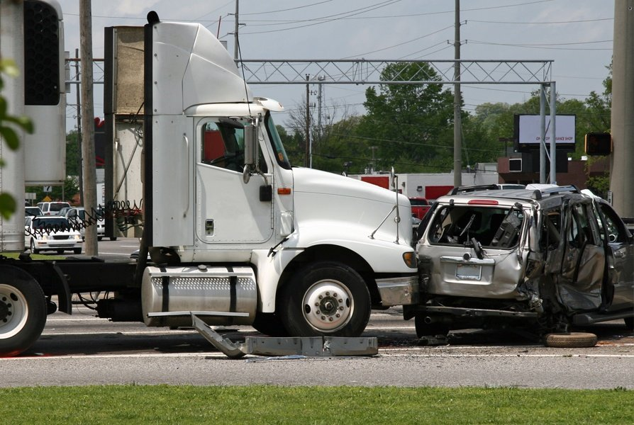 Why You Should Hire A Lawyer After A Truck Accident
